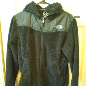 Women's The Northface hooded zip up fuzzy jacket